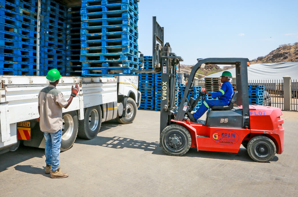 Grain Carriers Namibia Loading Pallets